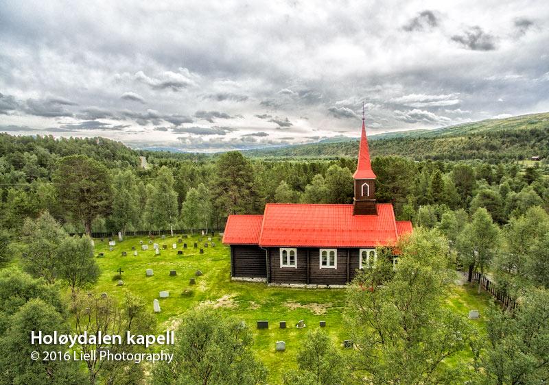 Holøydalen kapell. Foto: Liell Photography